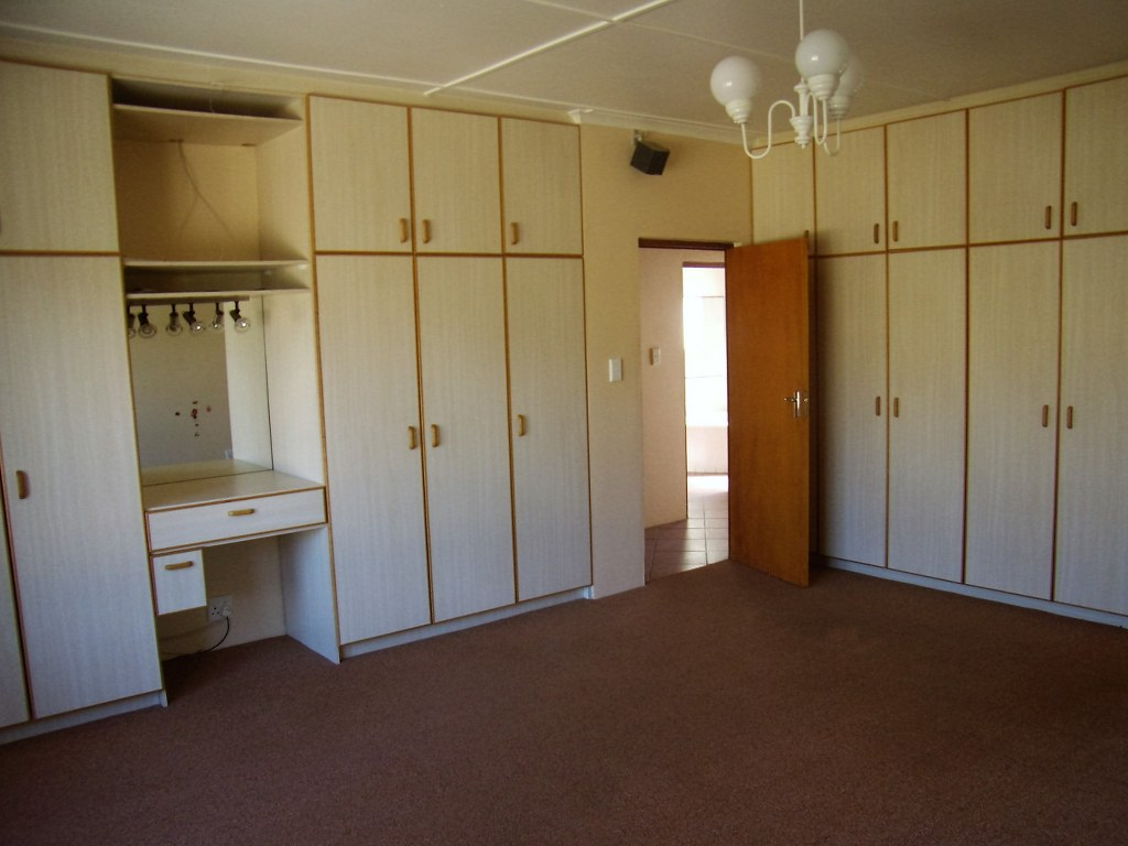 10 Bedroom House for sale in Gansbaai ENT0011932 : photo#20
