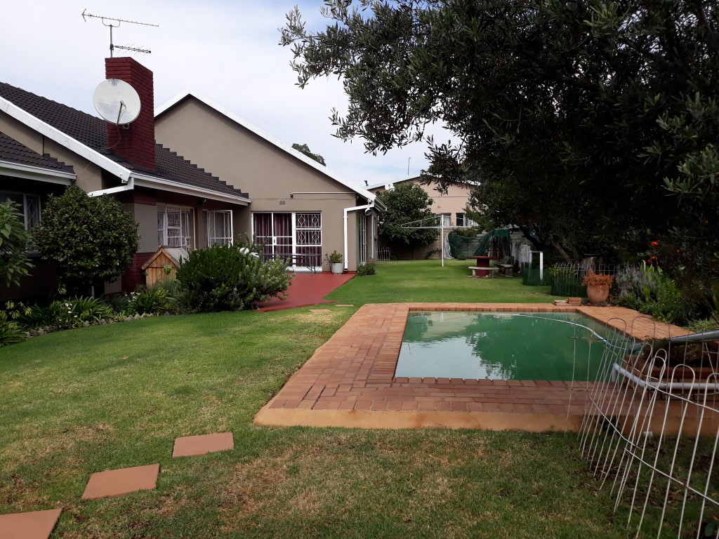 4 Bedroom House for sale in Randhart ENT0083372 : photo#1