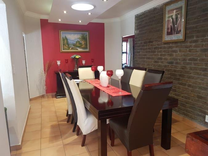 House For Sale in Brackenhurst