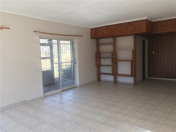 4 Bedroom Small Holding for sale in Magaliesburg ENT0049788 : photo#8