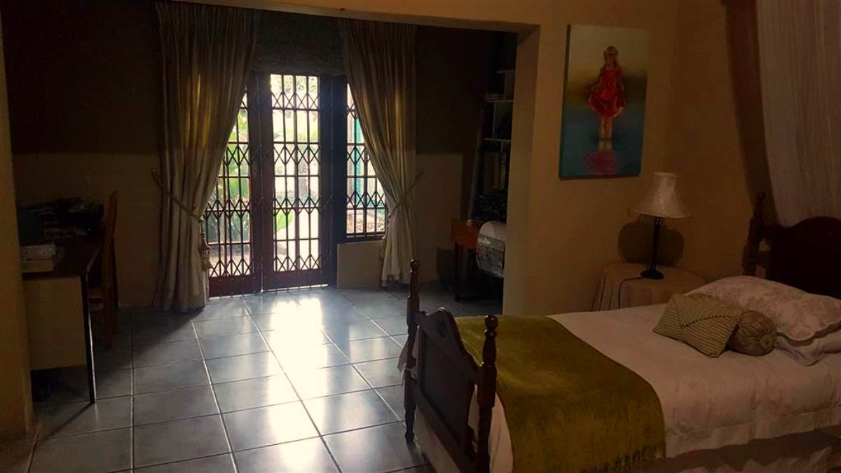 5 Bedroom House for sale in Brits ENT0081489 : photo#9