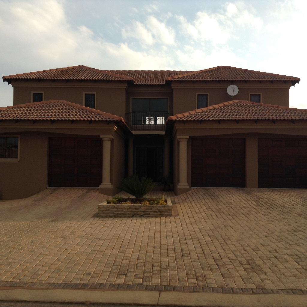 4 BedroomHouse For Sale In Rayton