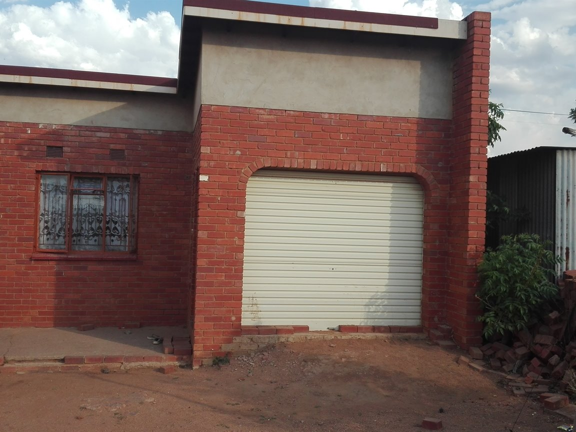 2 BedroomHouse For Sale In Hammanskraal