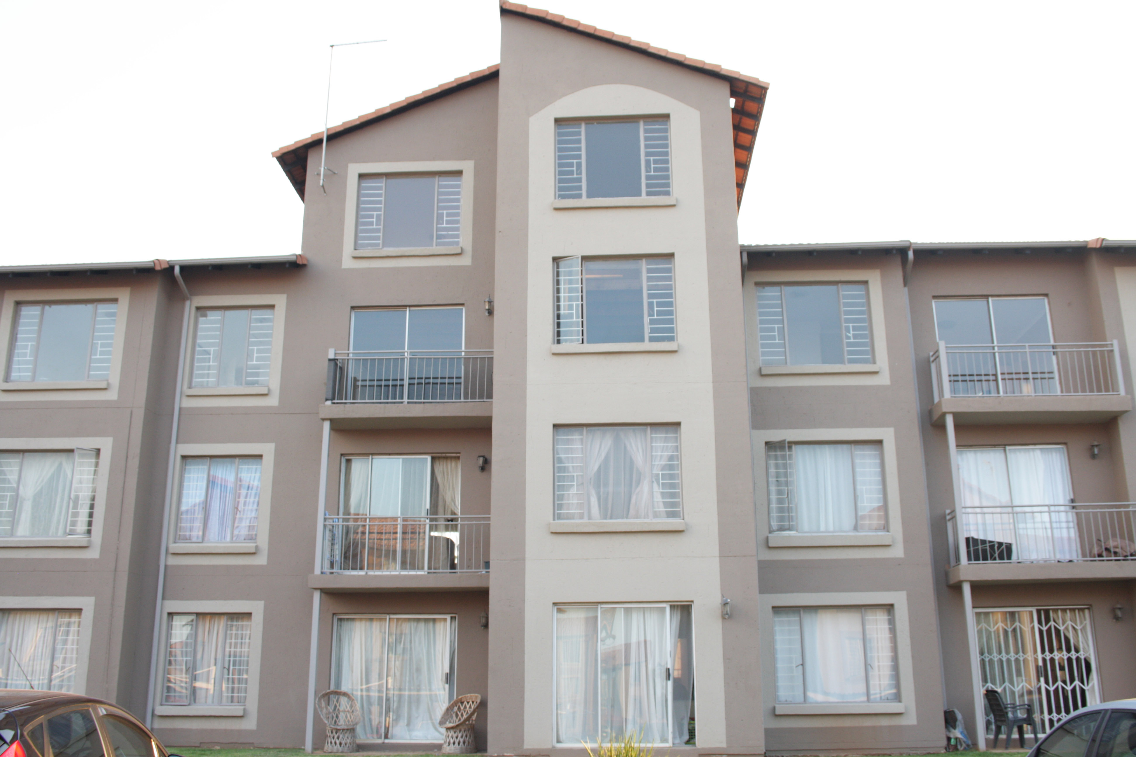 1 BedroomApartment For Sale In Kleinfontein