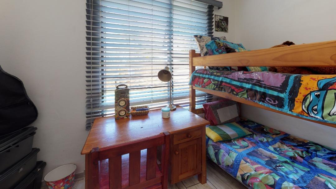 1-Sunny-side-Ridge-Bedroom(1).jpeg