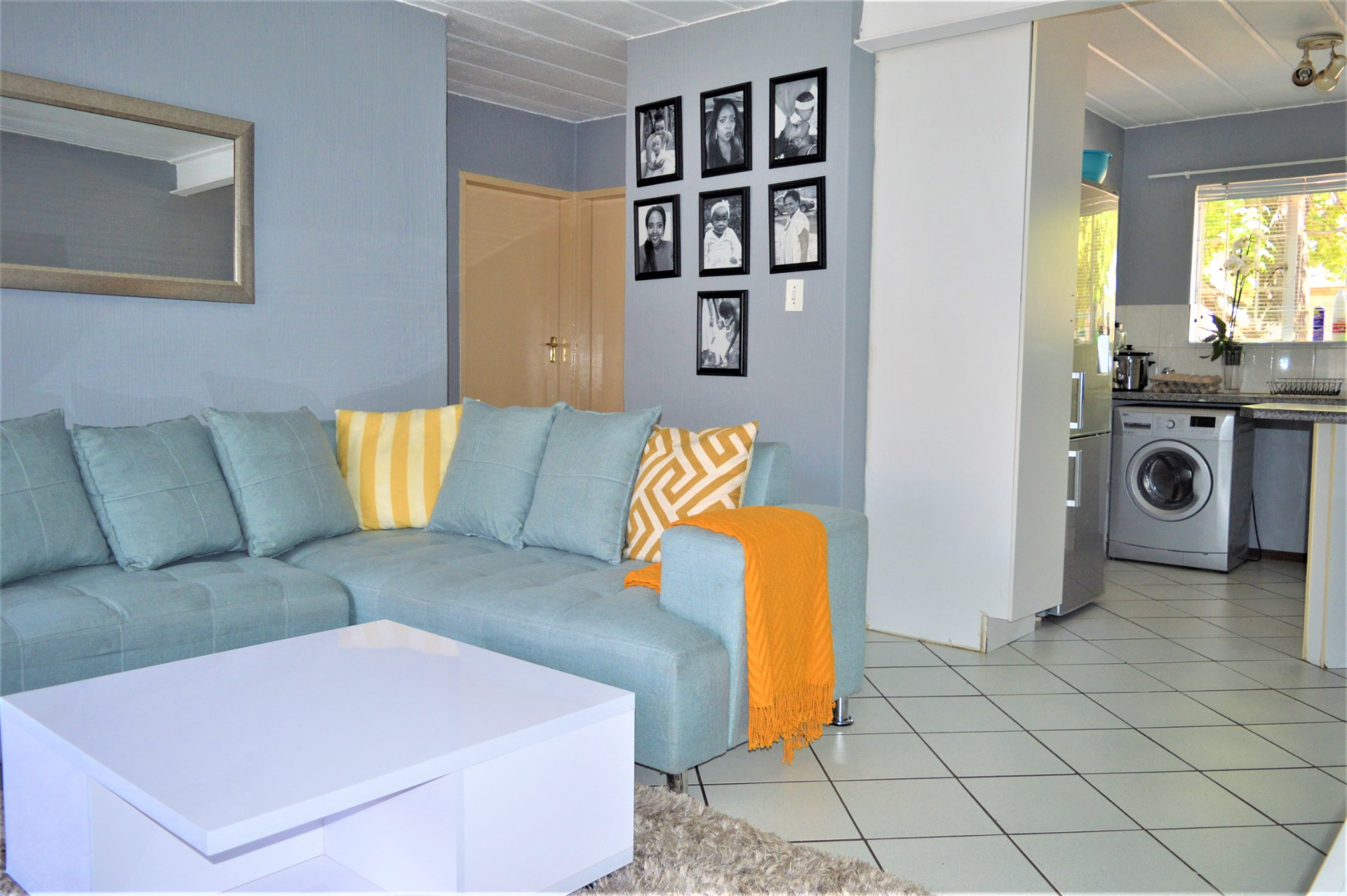 Perfect 2 Bedroom groundfloor unit in Highveld