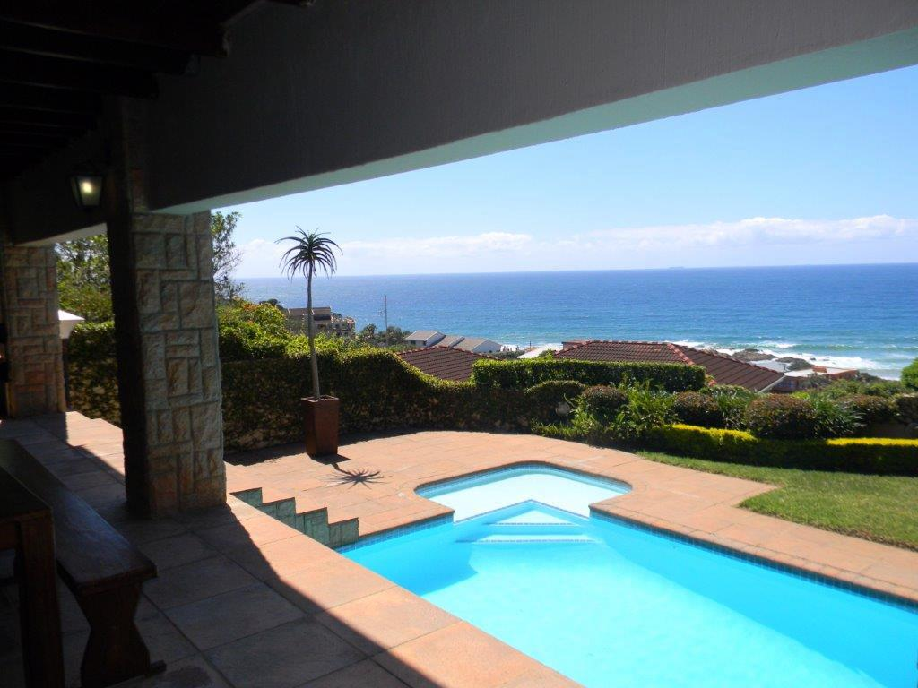 EXECUTIVE DOUBLE STOREY HOME OVRLOOKING THE INDIAN OCEAN