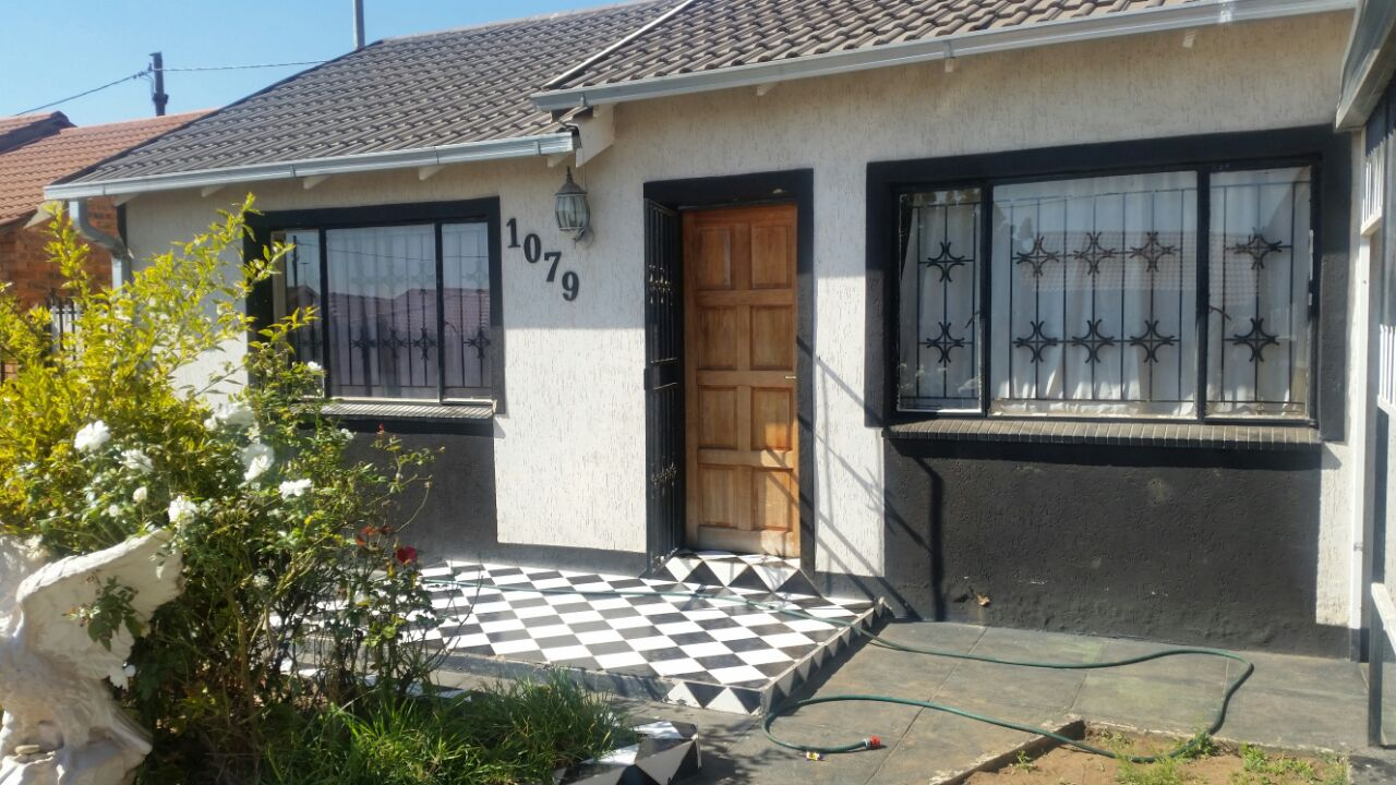 2 Bedroom House for sale in Lethlabile ENT0043565 : photo#1