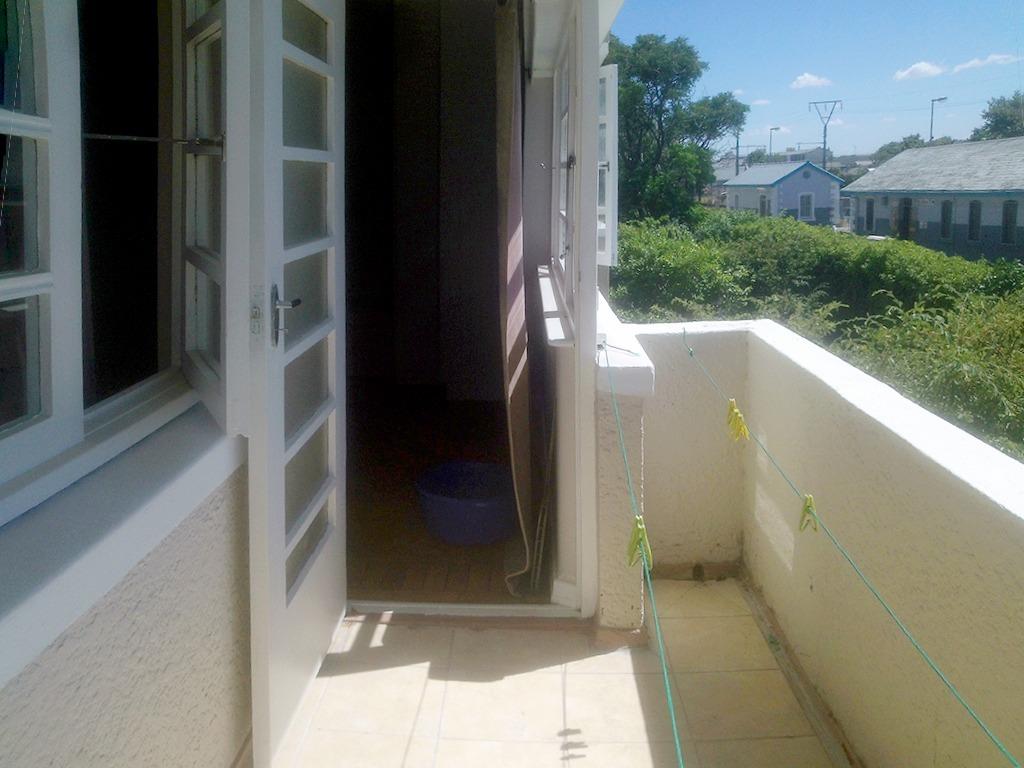 1 Bedroom Apartment pending sale in Rosebank ENT0091703 : photo#9