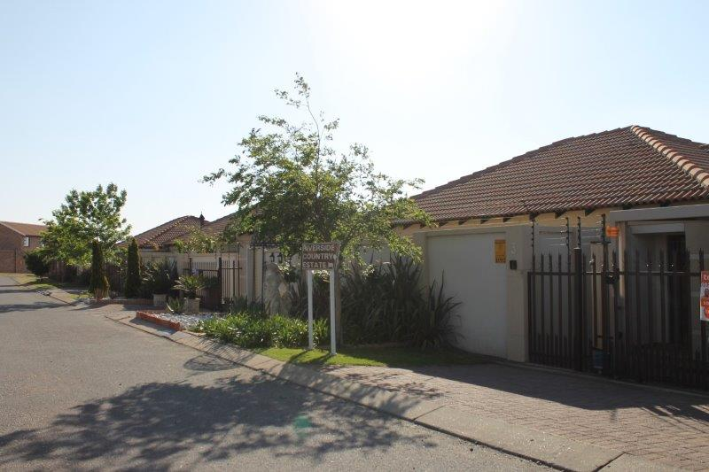 3 Bedroom Townhouse for sale in Secunda & Ext ENT0009056 : photo#16