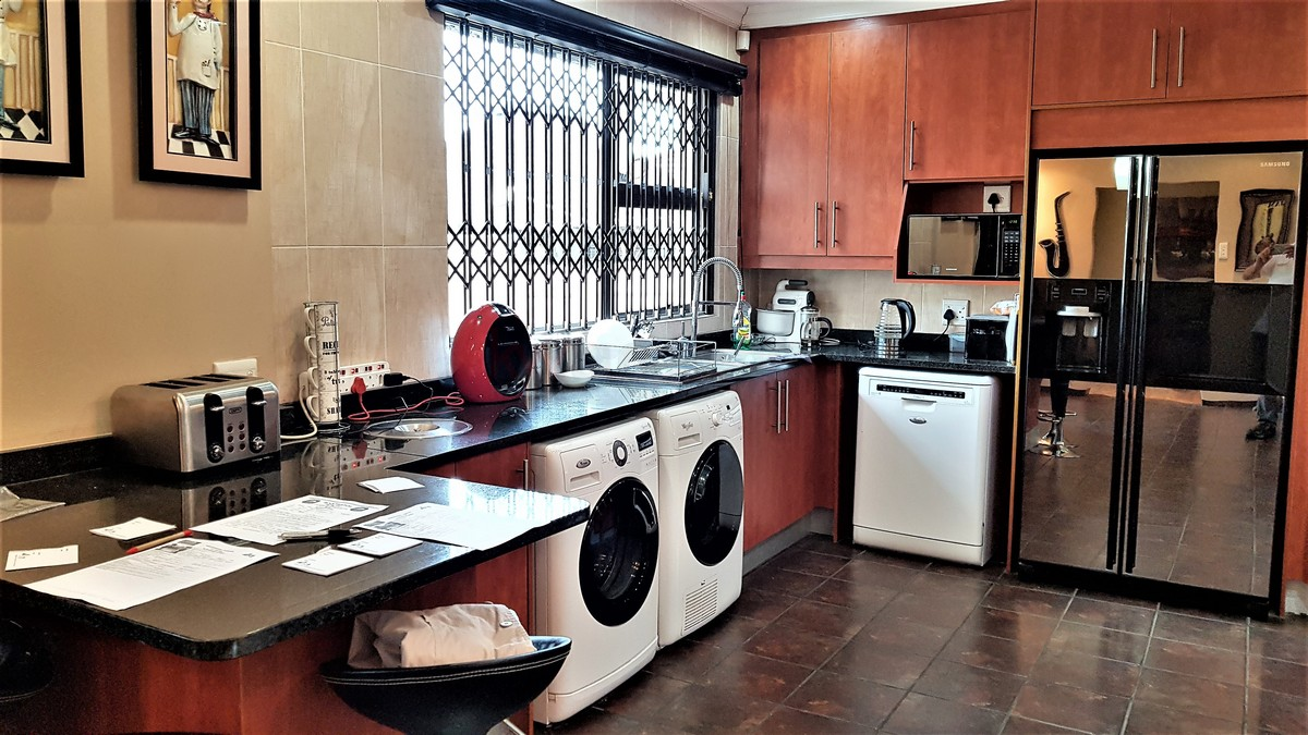 3 Bedroom House for sale in Verwoerdpark ENT0084632 : photo#5