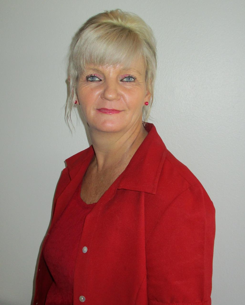 Real Estate Agent - Janine Holder