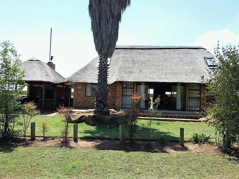 4 BedroomHouse For Sale In Vaal Marina