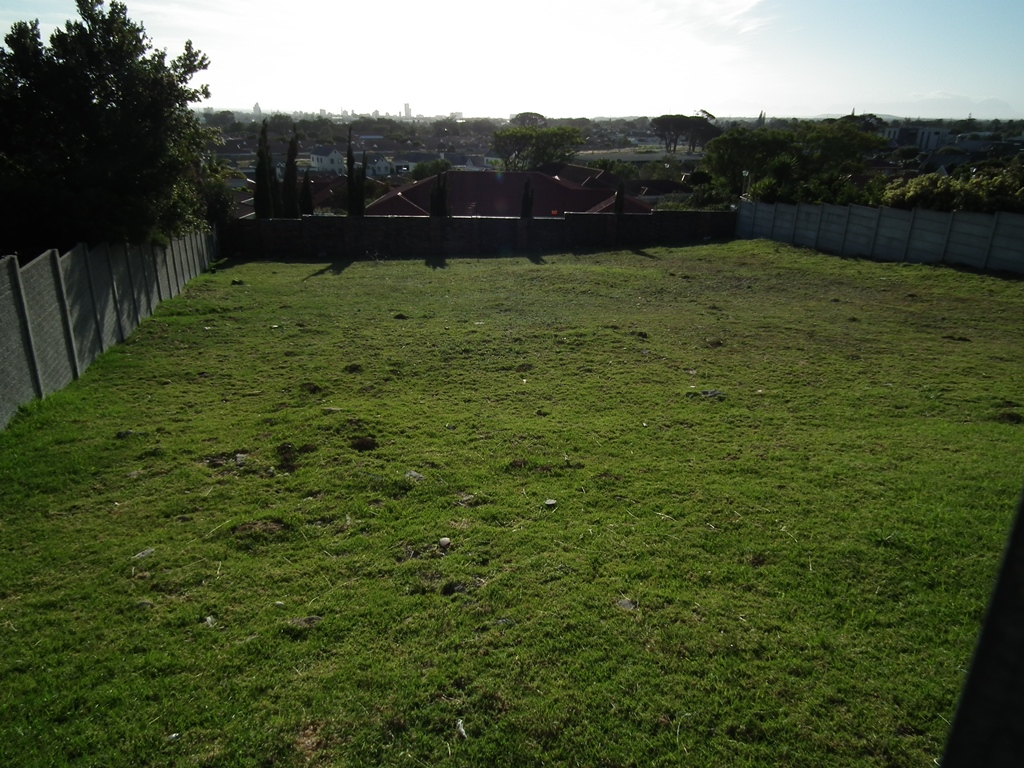 Vacant Land For Sale in Olive Grove, Somerset West