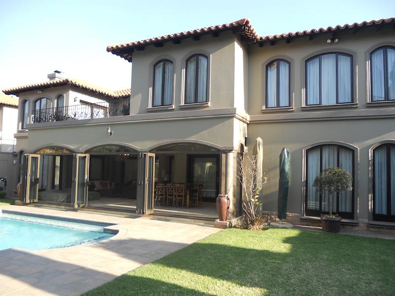 6 BedroomHouse To Rent In Bedfordview
