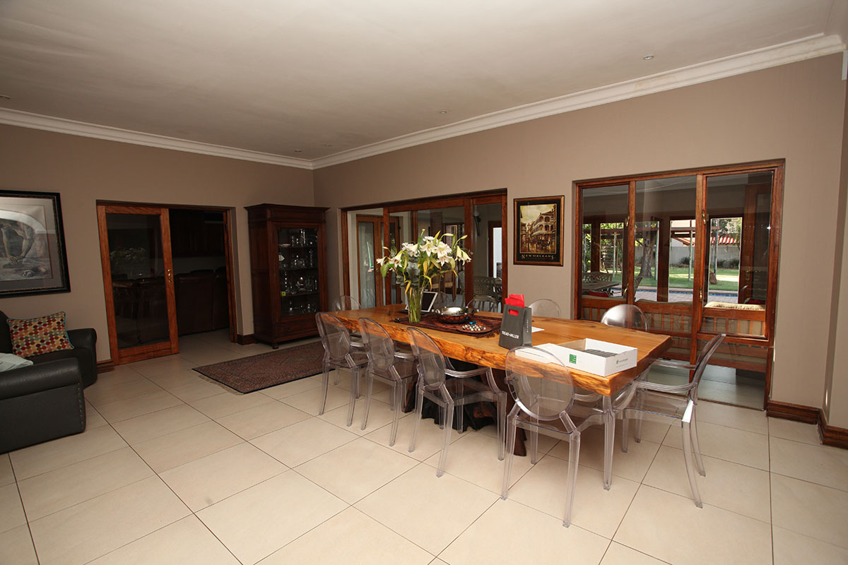 4 Bedroom House for sale in Waterkloof ENT0009460 : photo#9