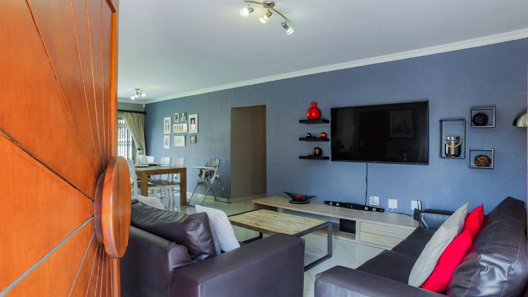 3 Bedroom Cluster for sale in New Redruth ENT0091737 : photo#3