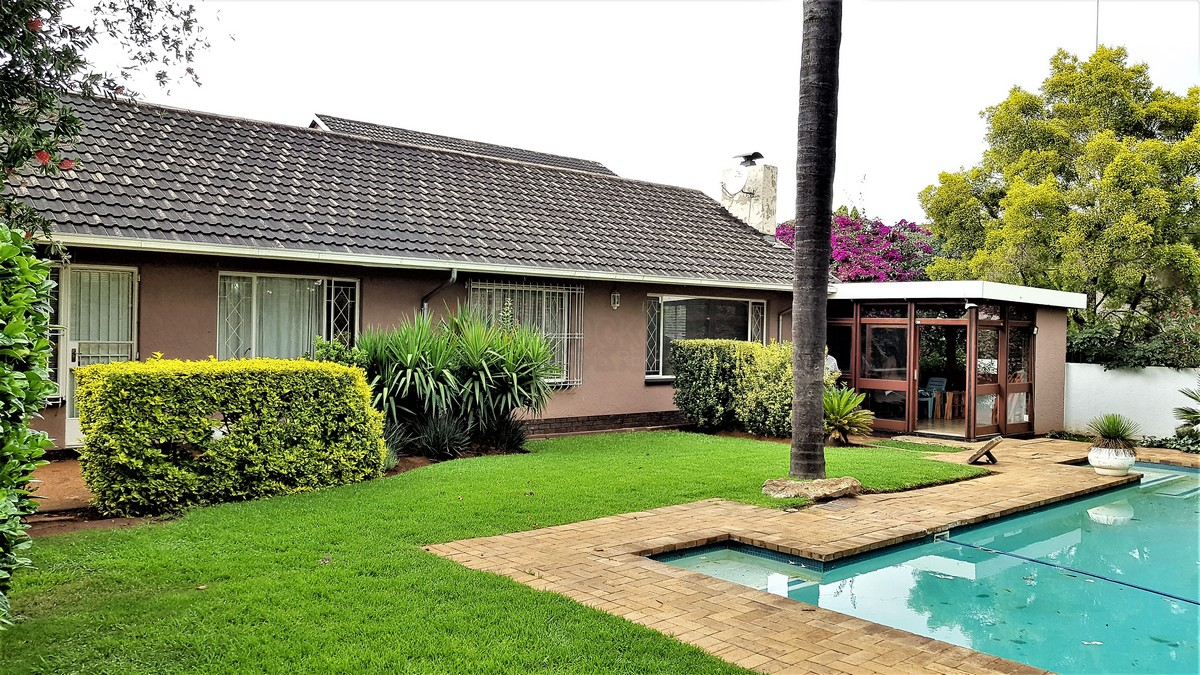 3 Bedroom House for sale in Verwoerdpark ENT0084389 : photo#0