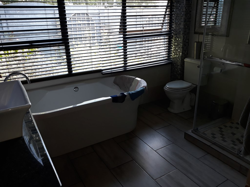 3 Bedroom House for sale in Florentia ENT0082764 : photo#15