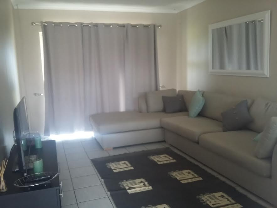 2 Bedroom Apartment for sale in Milnerton ENT0013596 : photo#2