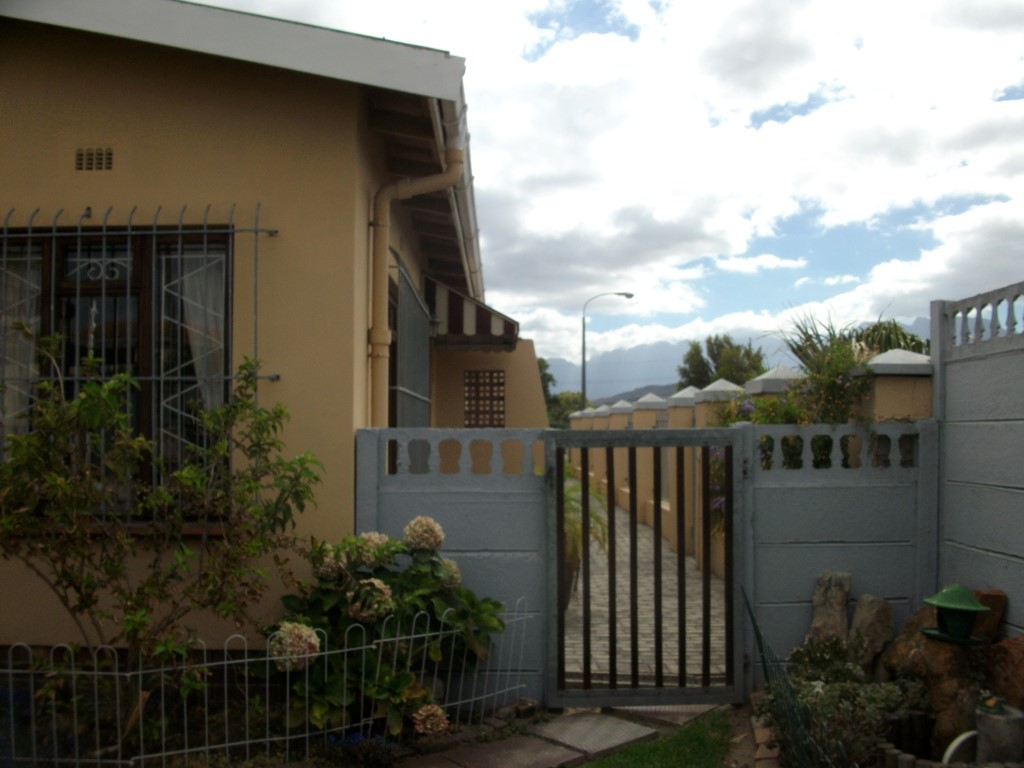 4 Bedroom House for sale in Strand ENT0022683 : photo#19