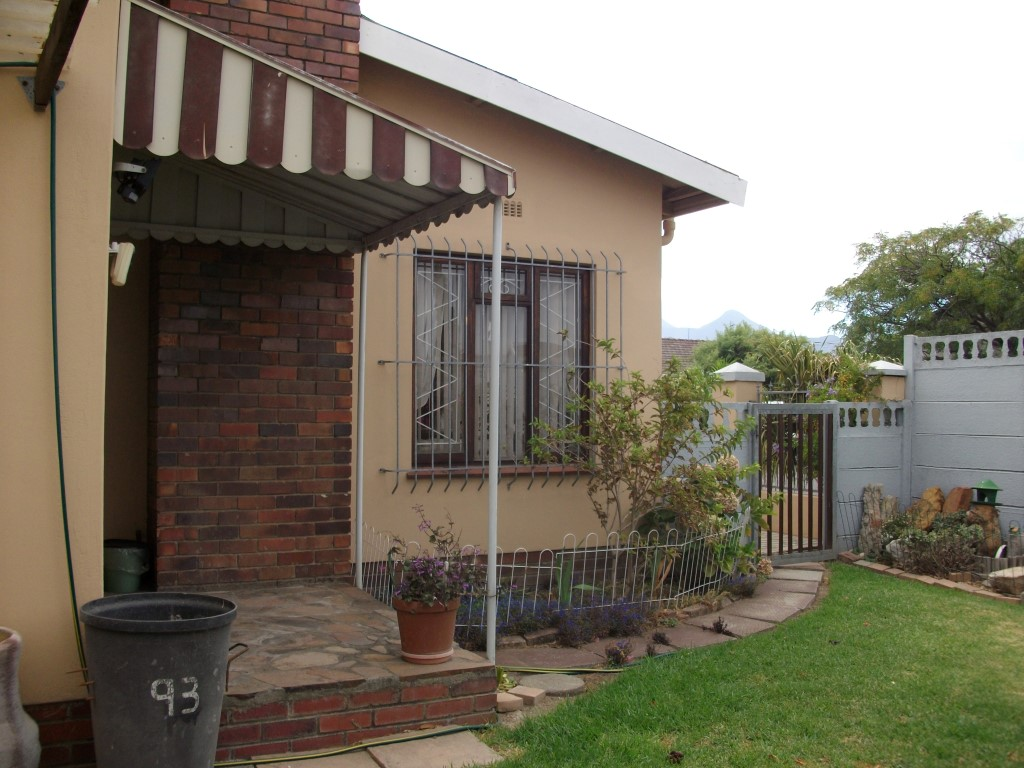 4 Bedroom House for sale in Strand ENT0022683 : photo#1