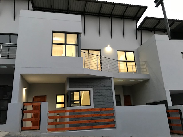 4 BedroomTownhouse For Sale In Linksfield