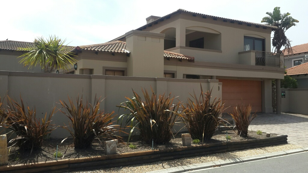 4 BedroomHouse For Sale In Big Bay