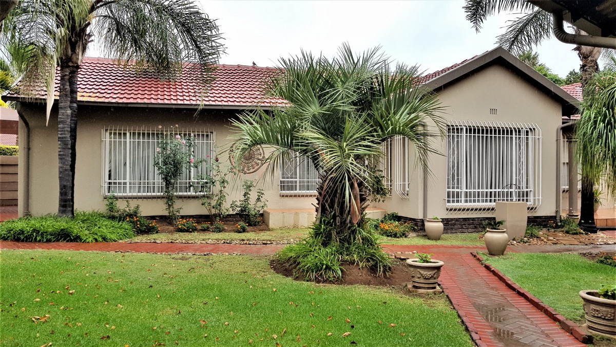 4 Bedroom House for sale in Randhart ENT0087053 : photo#0