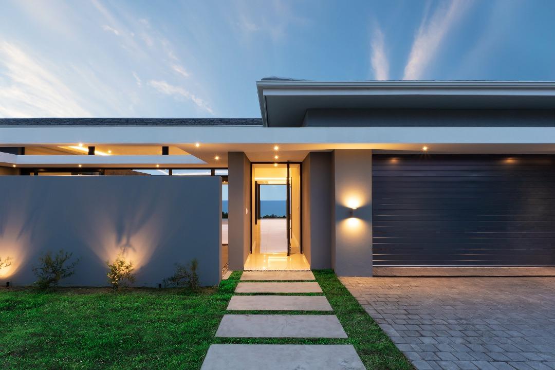 Stunning 3 bedroom 3 bathroom house for sale in Mossel Bay Golf Estate