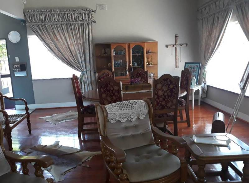 4 Bedroom House for sale in Florentia ENT0079846 : photo#8