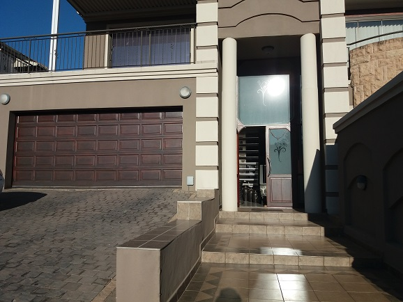 4 Bedroom Townhouse for sale in Bassonia ENT0075379 : photo#1