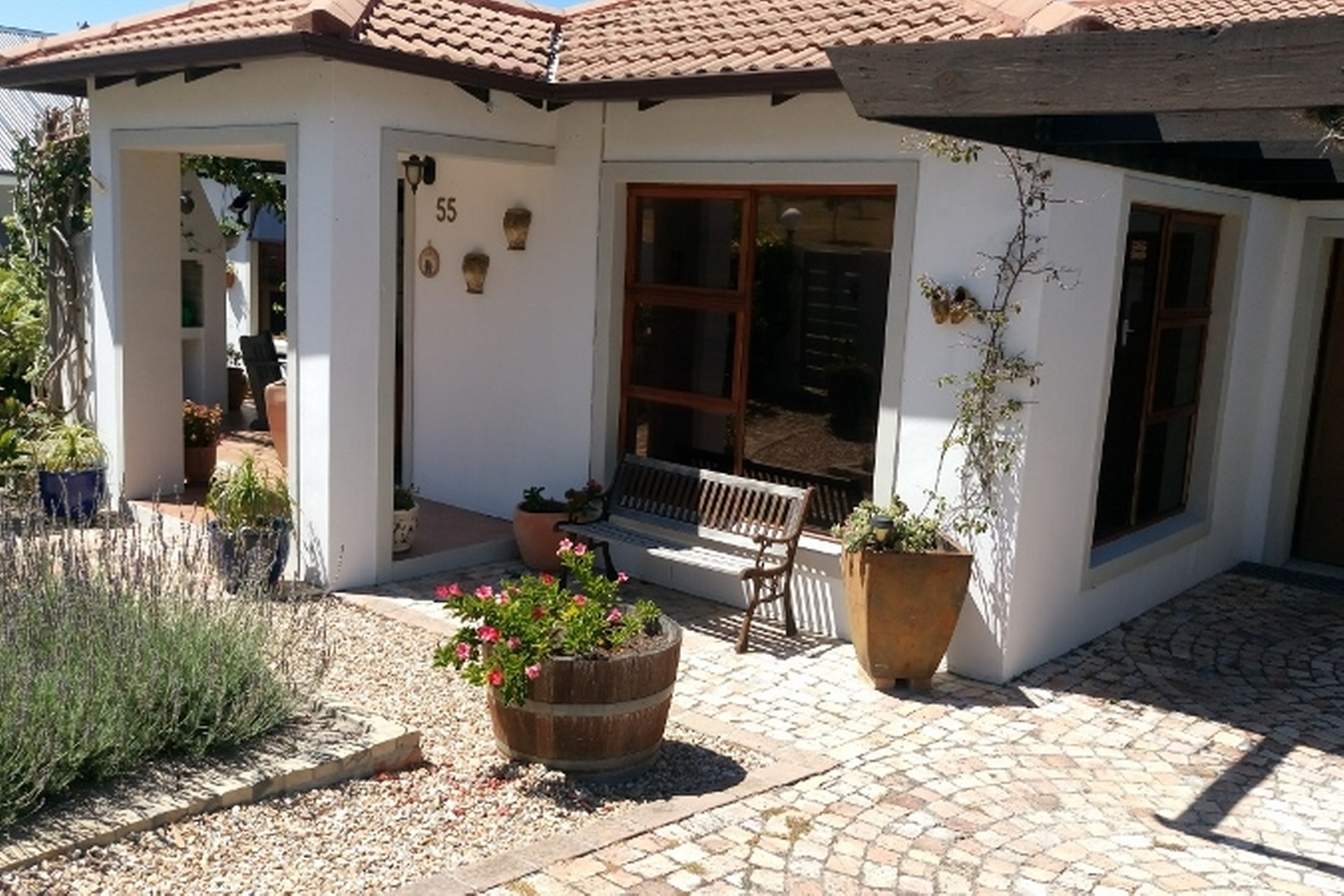 3 Bedroom house with separate flatlet