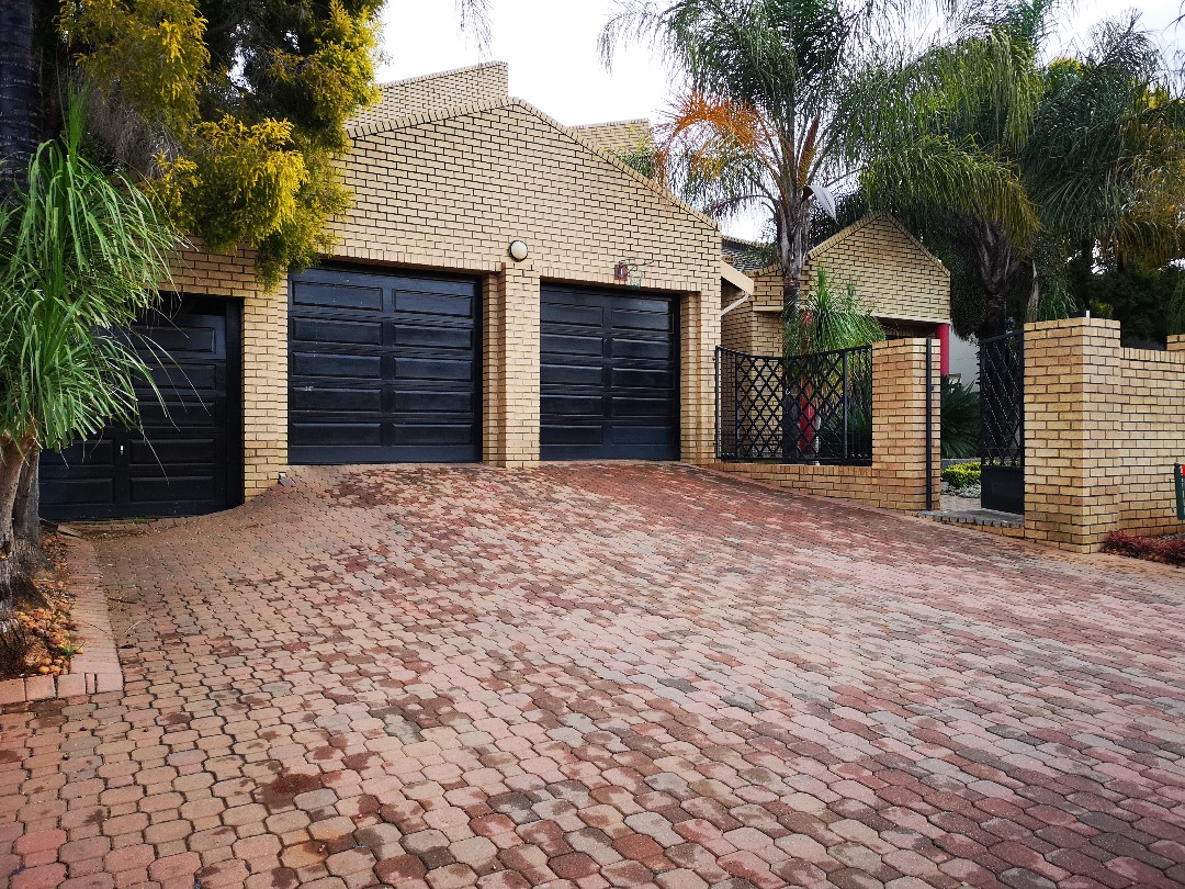 4 Bedroom House for sale in Centurion Golf Estate ENT0092985 : photo#45