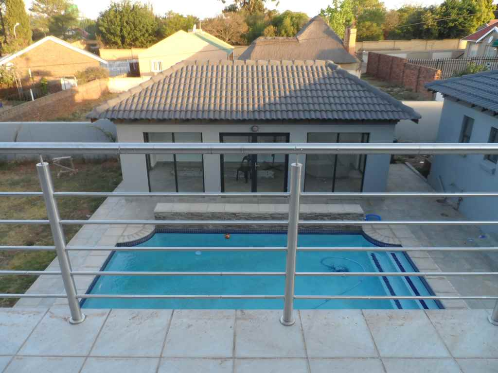 5 BedroomHouse For Sale In Greenhills Ext 3