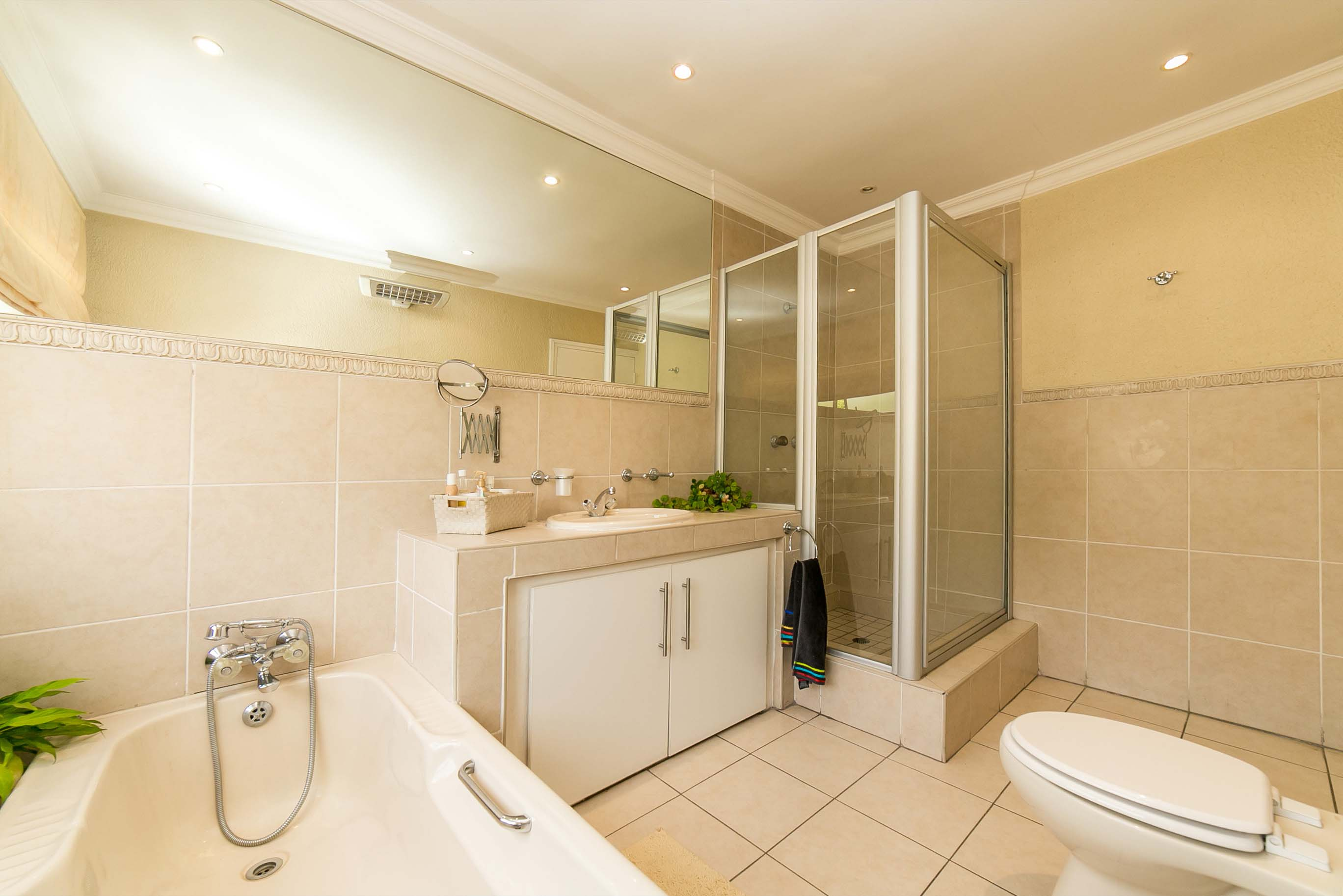 4 Bedroom House for sale in Lonehill ENT0082001 : photo#24