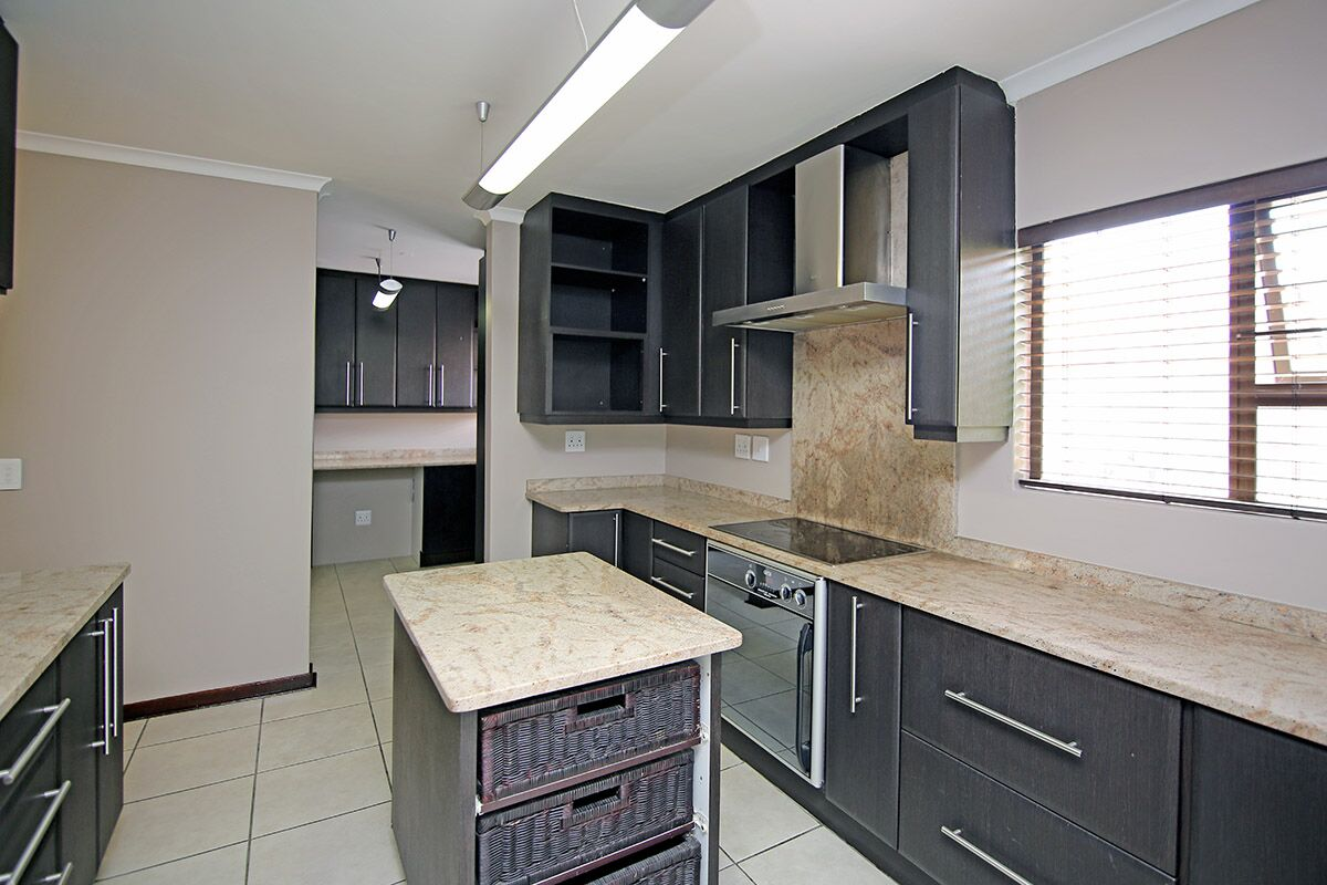 4 BedroomHouse For Sale In Kyalami Gardens