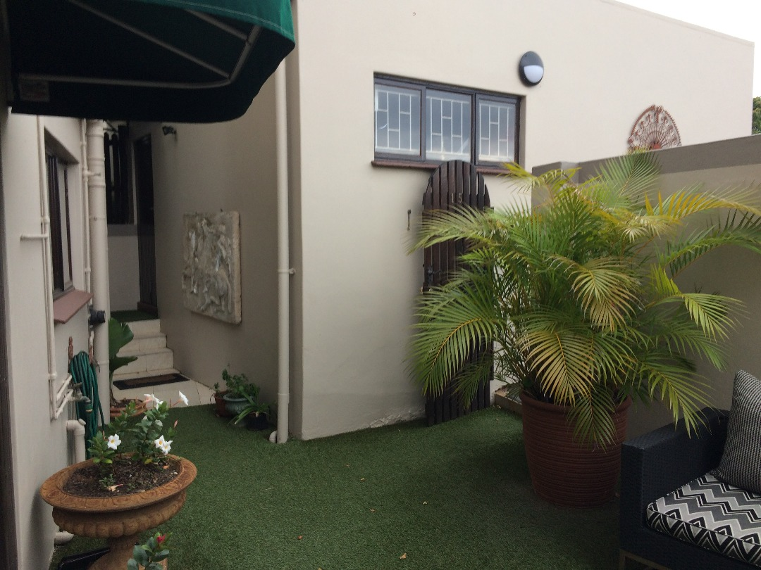 3 BedroomTownhouse For Sale In Sunningdale