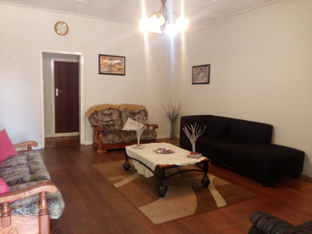 3 Bedroom House for sale in Florentia ENT0090584 : photo#2