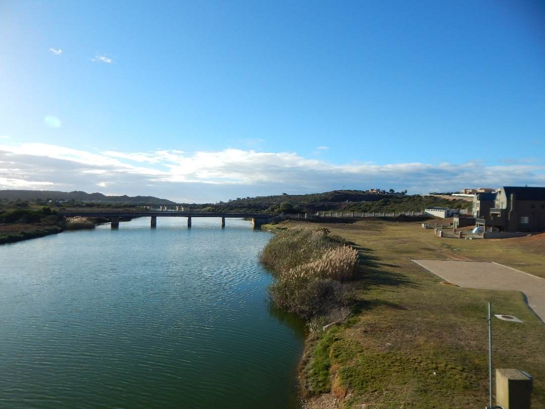 Build your dream home with the river on your doorstep in Hartenbos