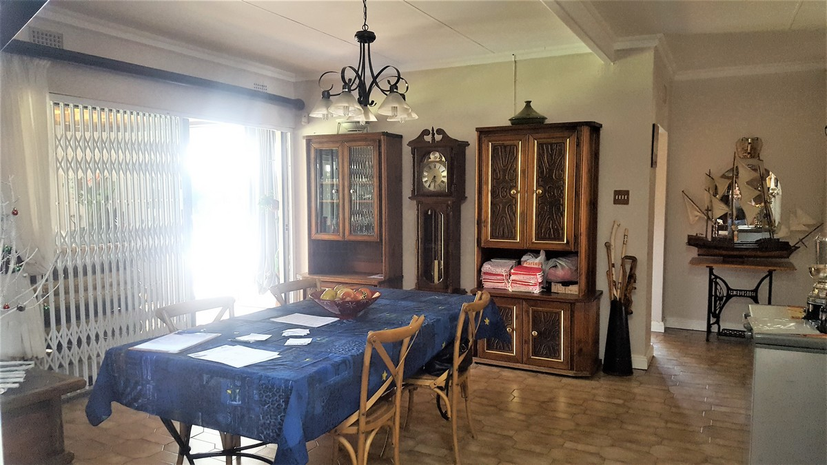 4 Bedroom House for sale in Verwoerdpark ENT0079262 : photo#18