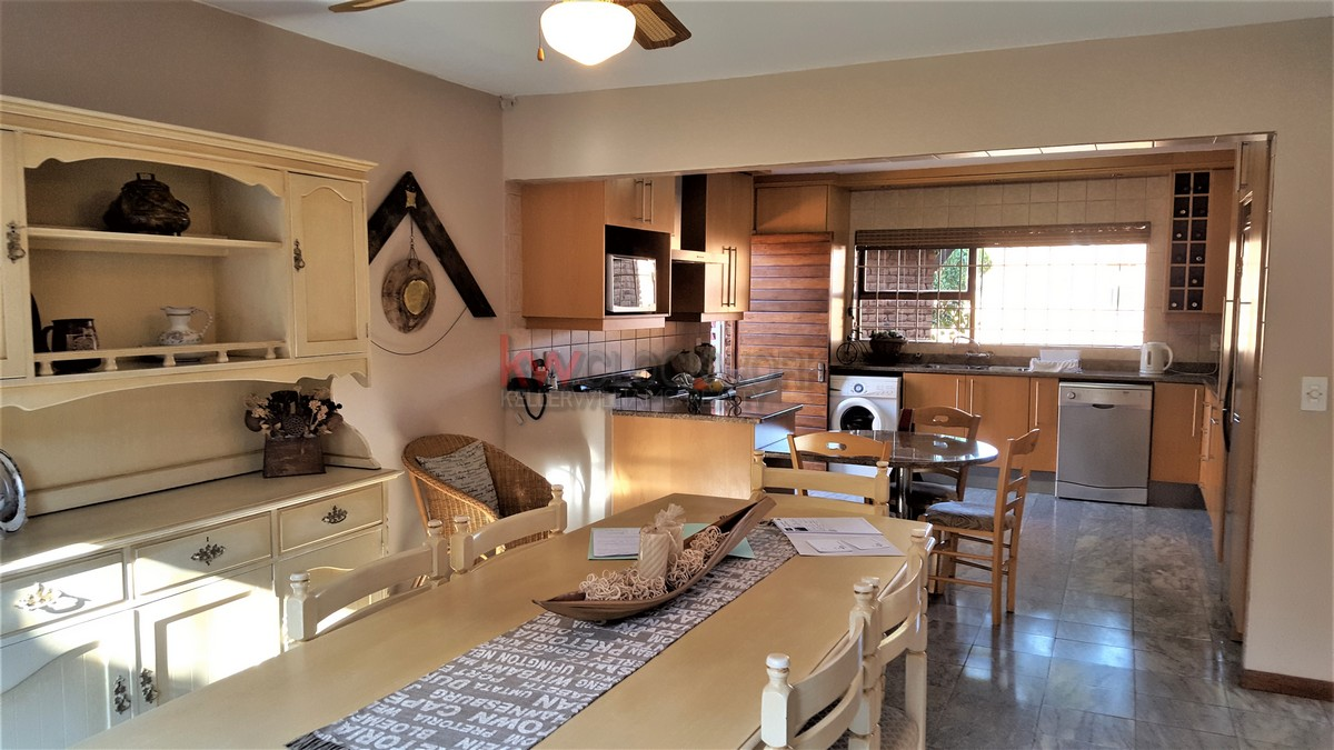 3 Bedroom Townhouse for sale in Bassonia ENT0044188 : photo#5