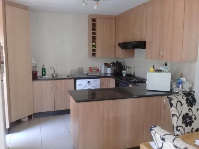 2 Bedroom Townhouse for sale in Bassonia ENT0067830 : photo#4