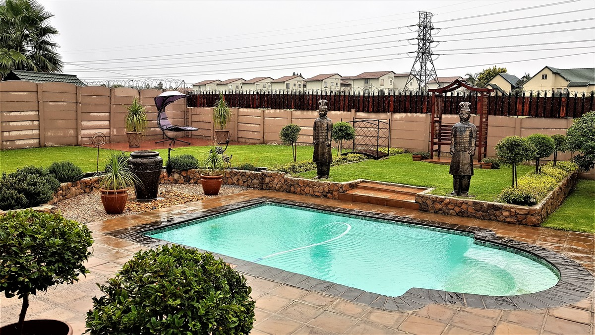 3 Bedroom House for sale in Verwoerdpark ENT0084632 : photo#19