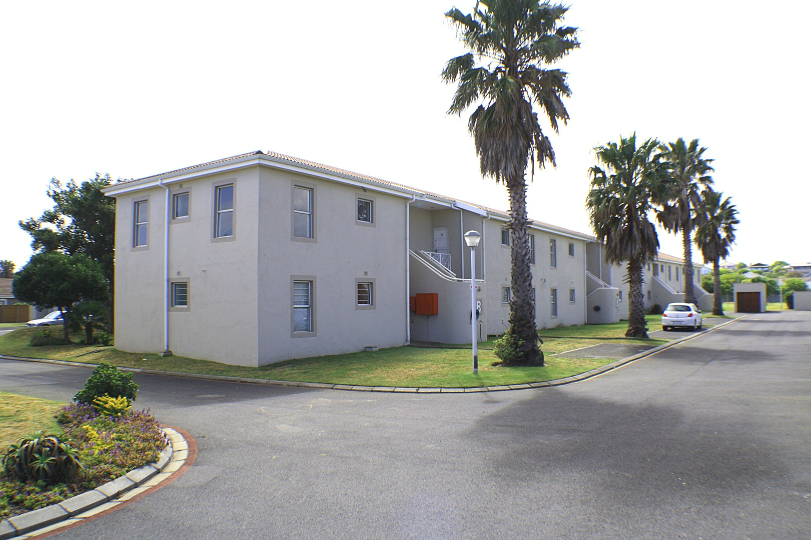 3 Bedroom Apartment sold in Milnerton ENT0071295 : photo#1