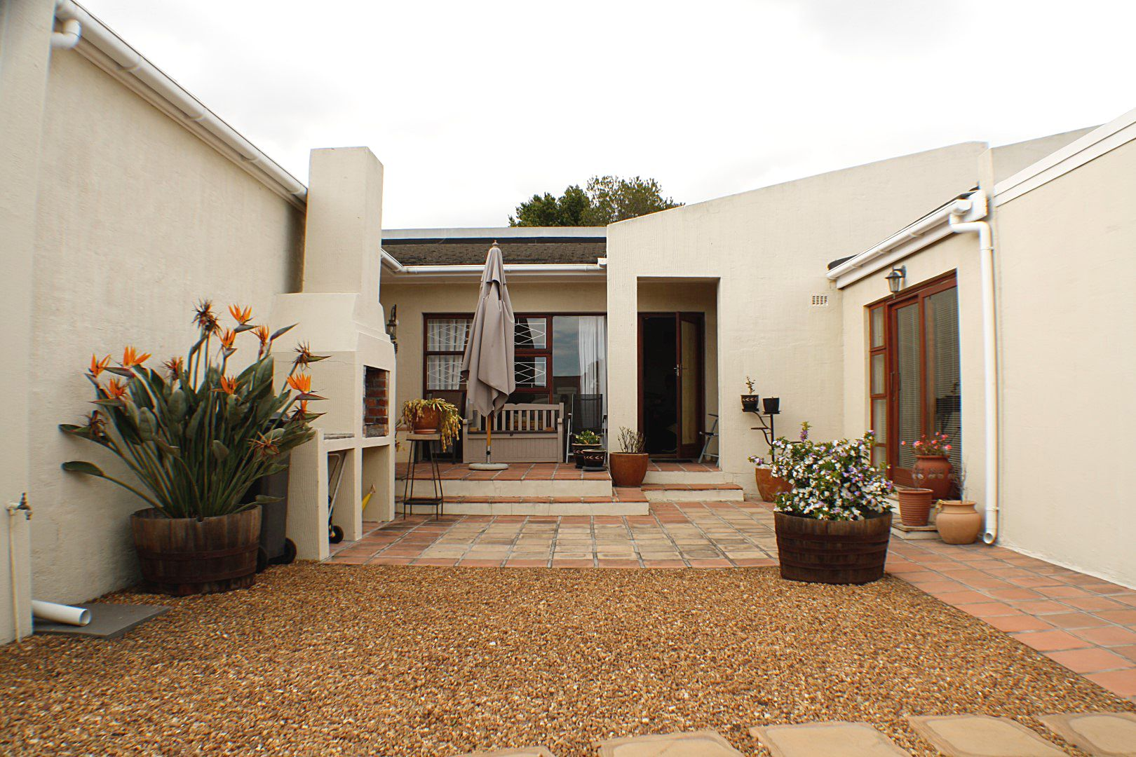 4 Bedroom House for sale in Edgemead ENT0067558 : photo#13
