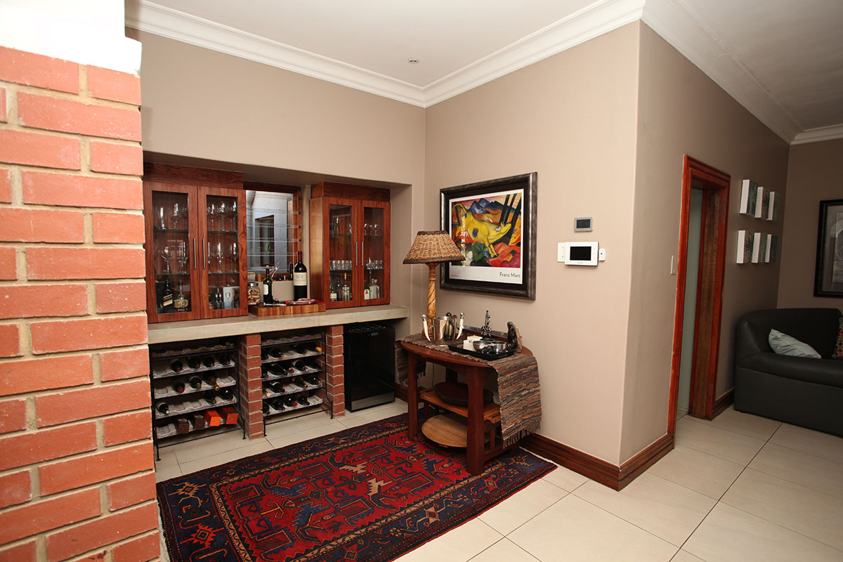 4 Bedroom House for sale in Waterkloof ENT0009460 : photo#13