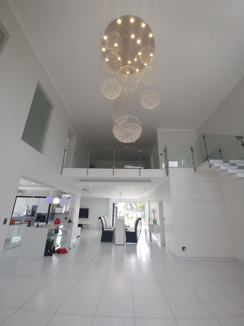 6 BedroomHouse For Sale In Eye Of Africa