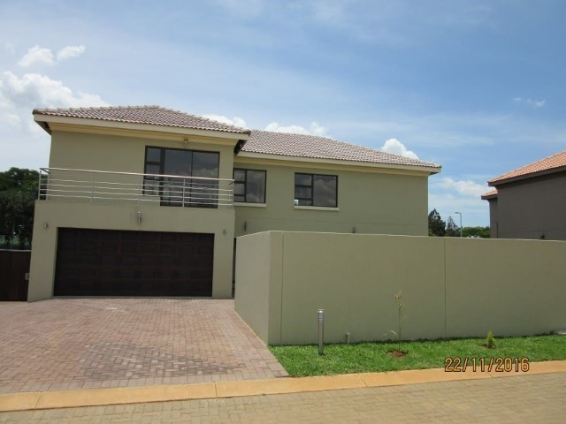 4 Bedroom House for sale in Montana Park & Ext ENT0056798 : photo#0