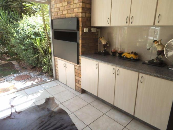 3 Bedroom Townhouse for sale in New Redruth ENT0070589 : photo#7